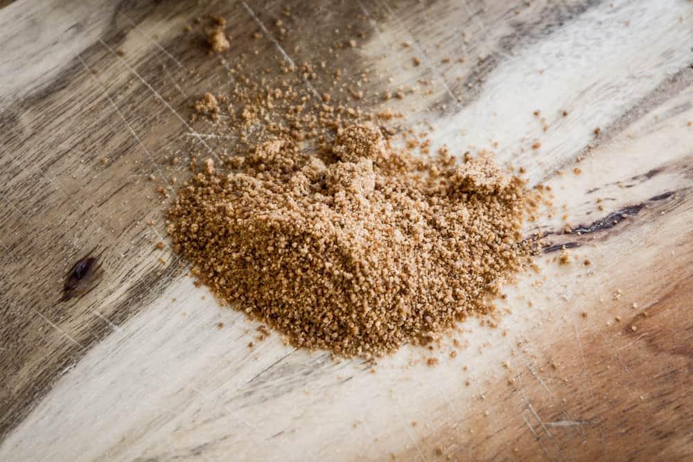 Ist Kokosblütenzucker besser als normaler Zucker?