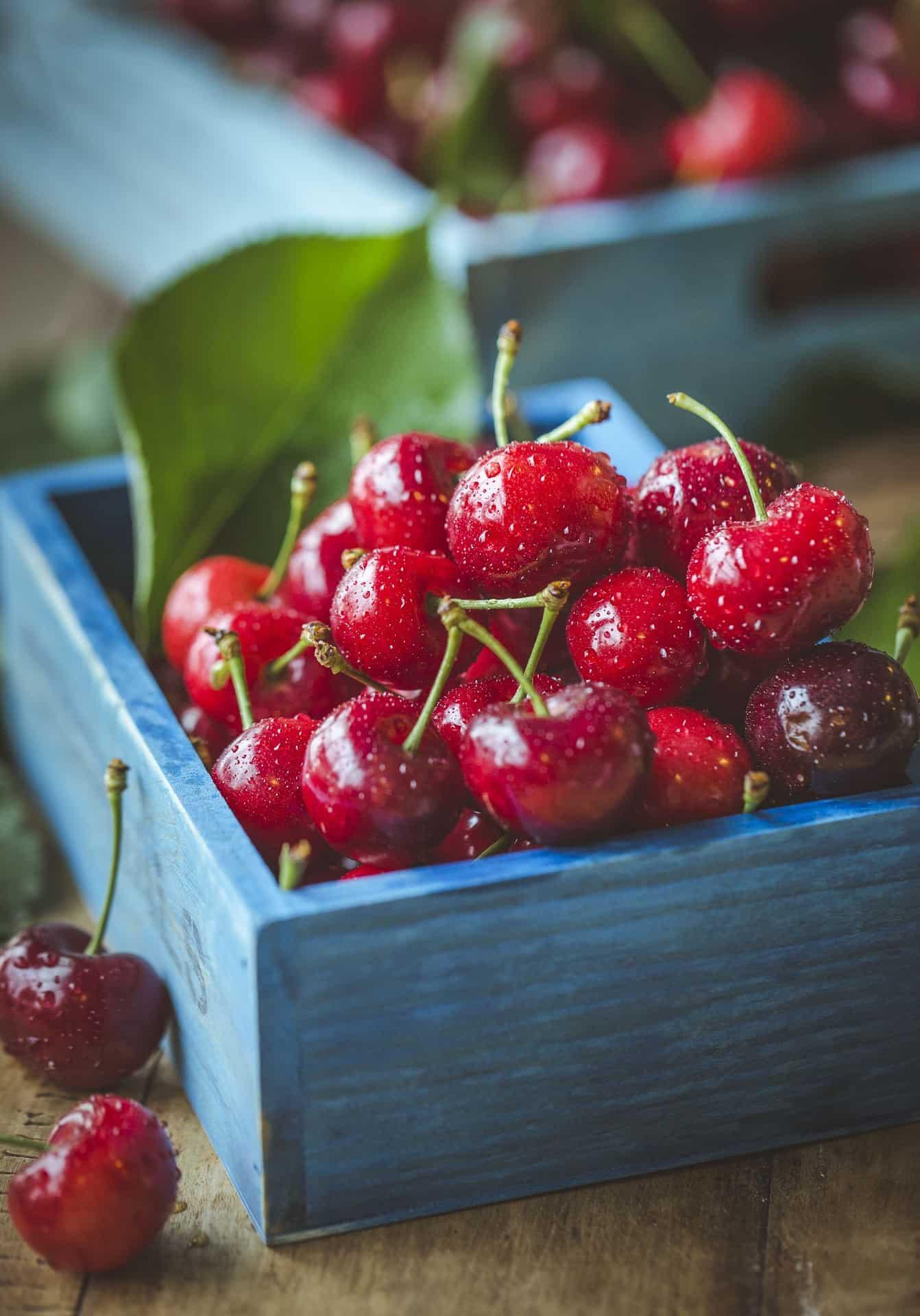 Durch diese 5 Lebensmittel besser schlafen und besonders jetzt im Sommer